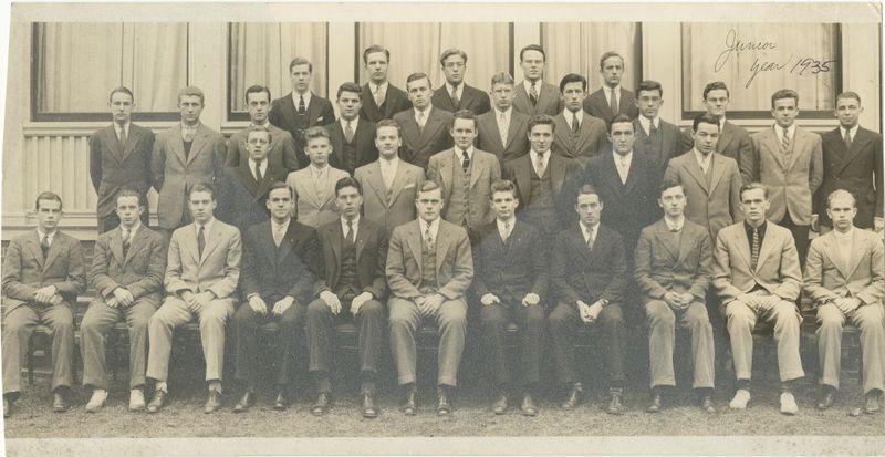 19309159-11108.jpg